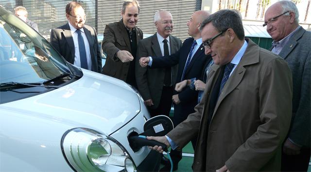 Lleida estrena dos puntos de recarga para vehículos eléctricos